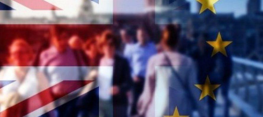 Romanii si cetatenii UE din Marea Britanie vor trebui sa se inregistreze pentru a lucra oficial in UK dupa Brexit. Noua schema urmeaza sa fie prezentata de secretarul pentru Brexit
