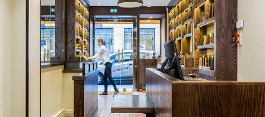 Se fac angajari in reteaua de magazine Sakare din Londra