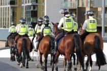 Nivelul de alerta terorista a fost redus in Marea Britanie de la Critic la Grav, dar militarii vor ramane pe strazi