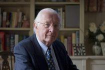 Michael Irwin, un medic britanic care a luptat pentru dreptul la eutanasiere al bolnavilor in stadiu terminal, isi planifica propria moarte pentru a nu deveni o povara pentru familie