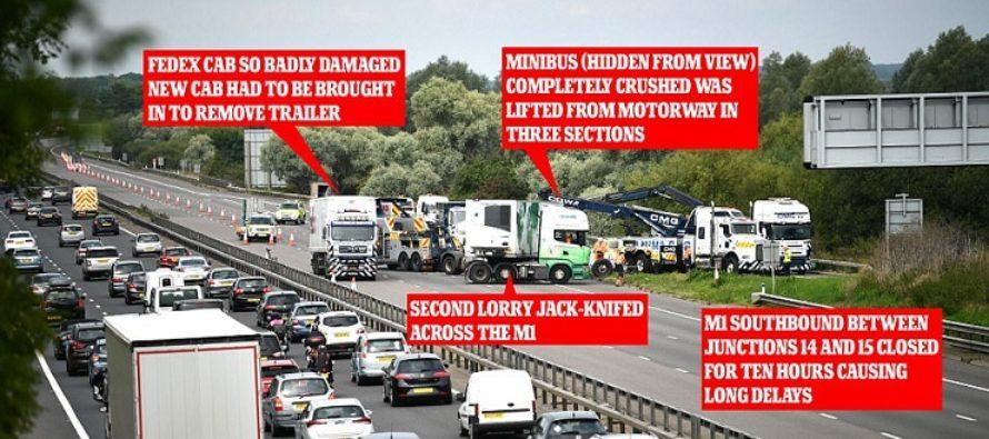 Accident pe autostrada M1 din Marea Britanie, in zona Newport Pagnell. Mai multi morti si cel putin patru raniti