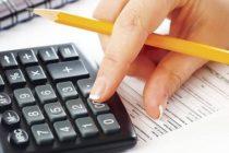 Contributiile sociale vor fi platite de angajat, de la 1 ianuarie 2018. Daca angajatorul nu majoreaza salariul brut, angajatul va pierde