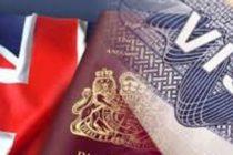 Marea Britanie ar putea reintroduce vizele pentru romani, bulgari si polonezi. Masura a fost avansata de David Davis