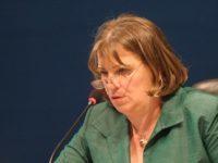 Europarlamentarul Norica Nicolai, interviu HotWeek.ro despre scaderea natalitatii si infertilitate. Ce fac tarile din Europa de Vest pentru a combate infertilitatea si Romania nu?