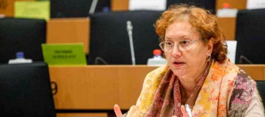 Renate Weber, interviu HotWeek: Romania trebuie sa investeasca in digitalizare, scoala nu se mai poate face ca pe vremuri. Vor fi profesii despre care nici nu ne imaginam ca vor exista