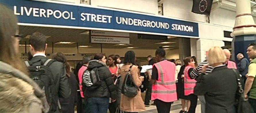 Atac rasial in metroul din Londra. O femeie a fost atacata intre Liverpool Street si Stratford pentru ca vorbea in limba spaniola