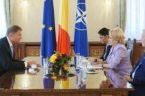 Presedintele Romaniei s-a intalnit cu premierul si cu ministrul de Externe la Cotroceni. Discutiile au vizat tensiunile pe teme de politica externa