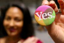 Irlanda se transforma dintr-un bastion al valorilor conservatoare, intr-o societate liberala. Irlandezii au votat masiv pentru liberalizarea avortului