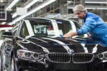 Compania auto BMW ar putea inchide fabricile din Marea Britanie daca aprovizionarea cu piese va fi afectata de Brexit