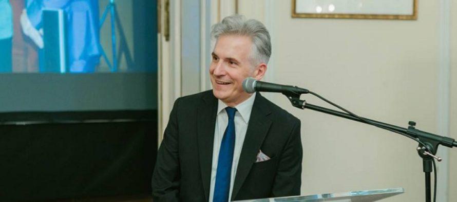 Dorian Branea paraseste conducerea ICR Londra, urmand ca in toamna sa fie numit director la ICR New York