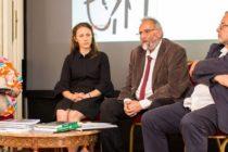 """Vise, ambitii si posibilitati, in dezbatere la ICR Londra. Arhitectii romani au discutat despre """"Raportul pentru Bucuresti 2018"""" si solutiile care se impun pentru dezvoltarea orasului"""