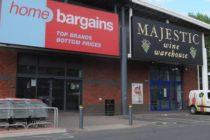 Un baietel de 3 ani a fost atacat cu acid intr-un magazin din Marea Britanie. Politia a arestat trei suspecti