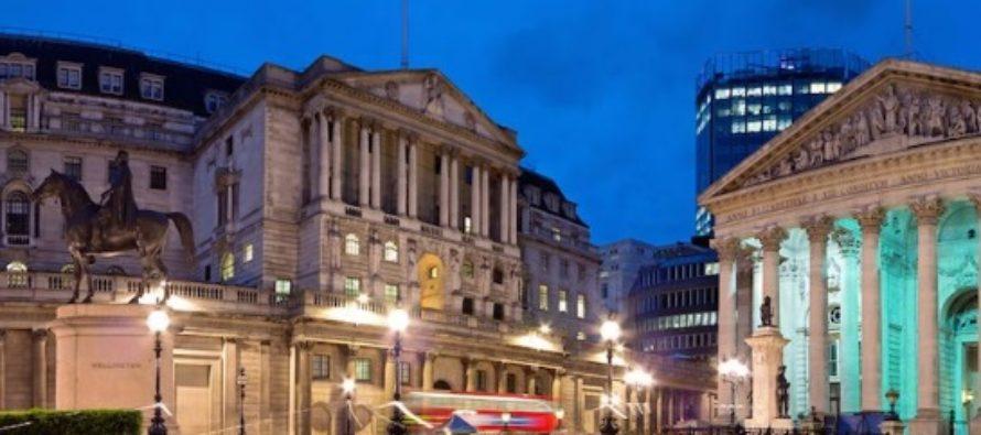 Banca Angliei a majorat rata dobanzii la cel mai inalt nivel din ultimii 9 ani. In urma deciziei, 4 milioane de britanici vor plati rate mai mari la creditele ipotecare