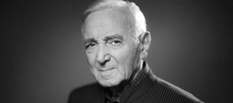 """Cantaretul francez Charles Aznavour a murit la varsta de 94 de ani. The Times: A fost """"cel mai important cantaret de varietati al secolului 20"""""""