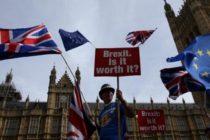 Sute de mii de britanici protesteaza la Londra impotriva Brexitului: Intrebati-ne inca o data, vrem un nou referendum