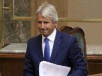 Guvernul din Romania vrea sa impoziteze pensiile speciale mai mari de 10.000 de lei. Reactia Opozitiei