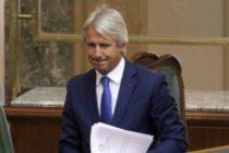 Presedintele Iohannis a semnat decretele privind ministrii interimari: Plumb va conduce Ministerul Transporturilor, Teodorovici va fi la Ministerul Dezvoltarii