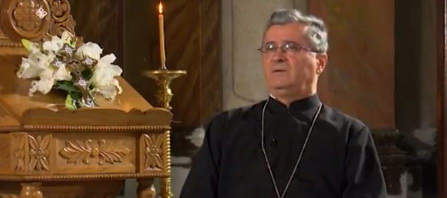 Declaratiile facute de prodecanul Facultatii de Teologie, Vasile Raduca, au scandalizat o tara intreaga. Reactia Patriarhiei si a Ministerului Educatiei