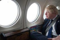 Boris Johnson pleaca la New York pentru a discuta despre Brexit. Ce le-a spus jurnalistilor in avion