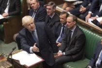 Boris Johnson ameninta Parlamentul de la Londra cu alegeri anticipate daca nu voteaza acordul privind Brexit